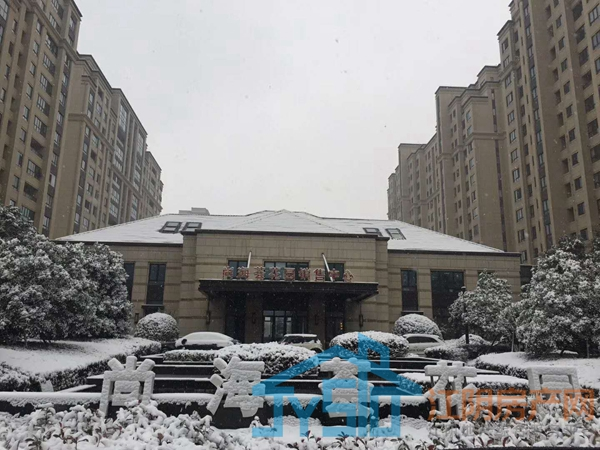 尚海荟花园雪景图摄于2018.1月